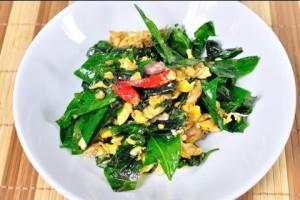[Thai Food] Melindjo Fried with Egg (Bai Liang Pad Khai)
