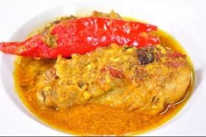 [Thai Food] Yellow curry with Chicken  (Kru Ma Gai)