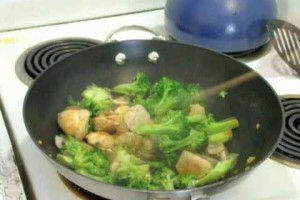 Dinner Fast: Chicken Broccoli Stir-Fry