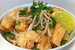 HOW TO MAKE A SIMPLE PAD THAI