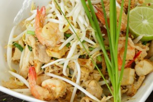 How to make Pad Thai, Quick & Easy.